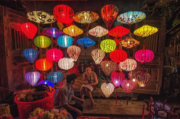 Being happy doesn't mean that everything is perfect. it means that you've decided to look beyond the imperfections.. Hoi An, Vietnam